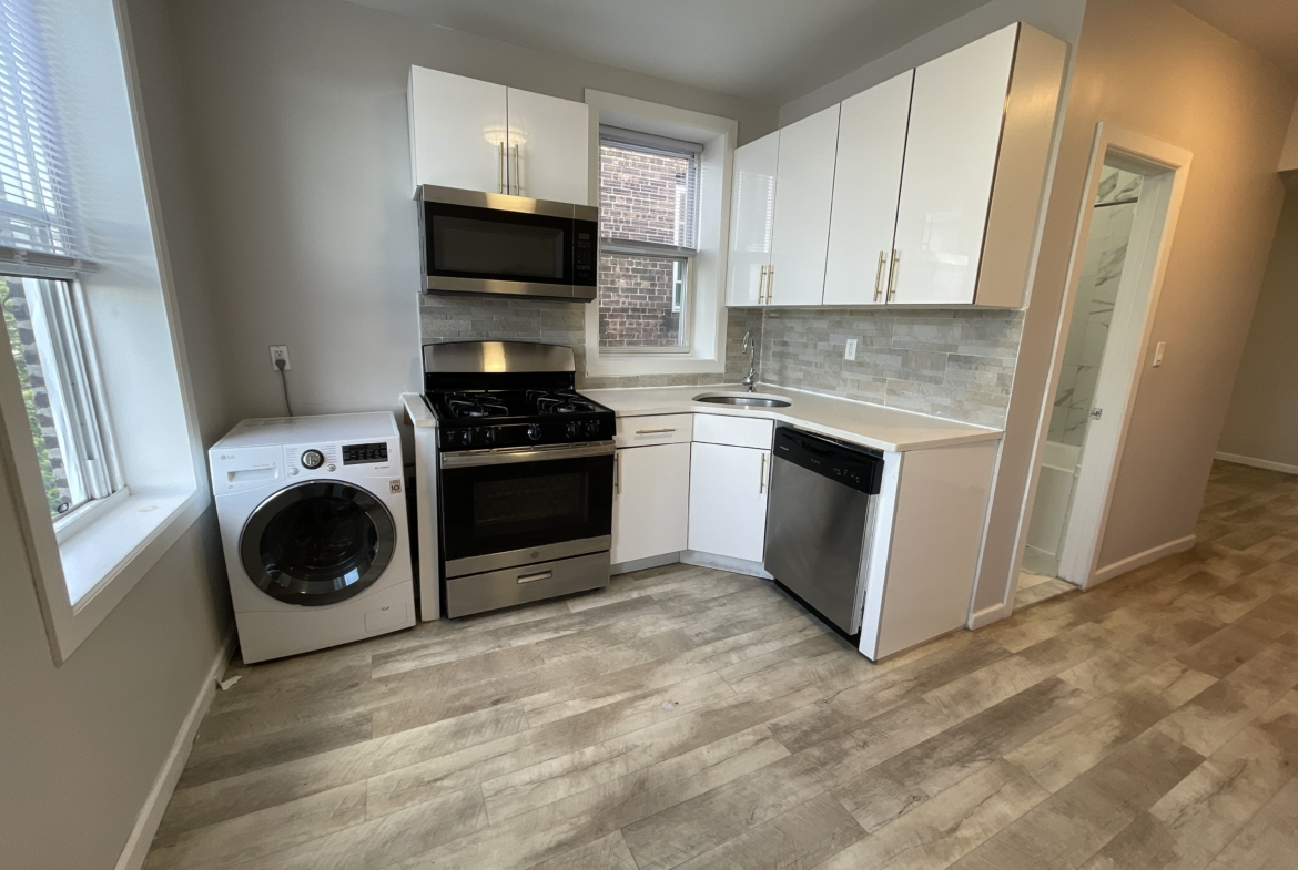 JERSEY CITY. JSQ. SMARTY-PRICED 1BR APARTMENT FOR RENT NEAR PATH ...